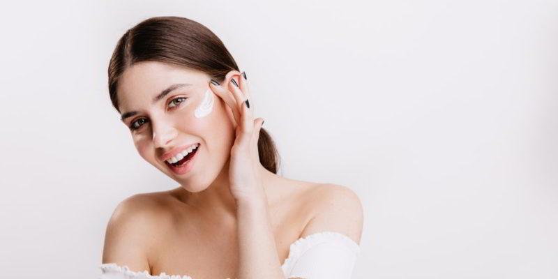 Miglior crema viso all'acido ialuronico